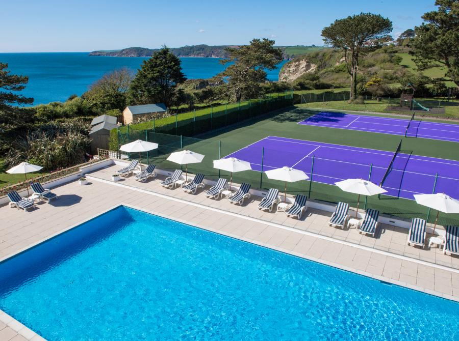 Carlyon Bay Hotel outdoor pool and tennis courts